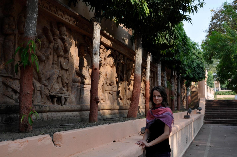 Я и забор малазийских мастеров в Бодхгая, Индия