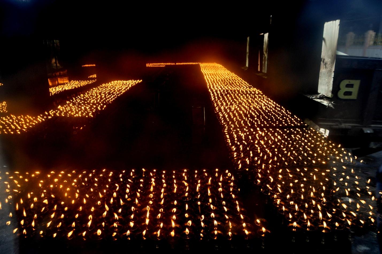 Ламповый дом в Бодхгая, Индия