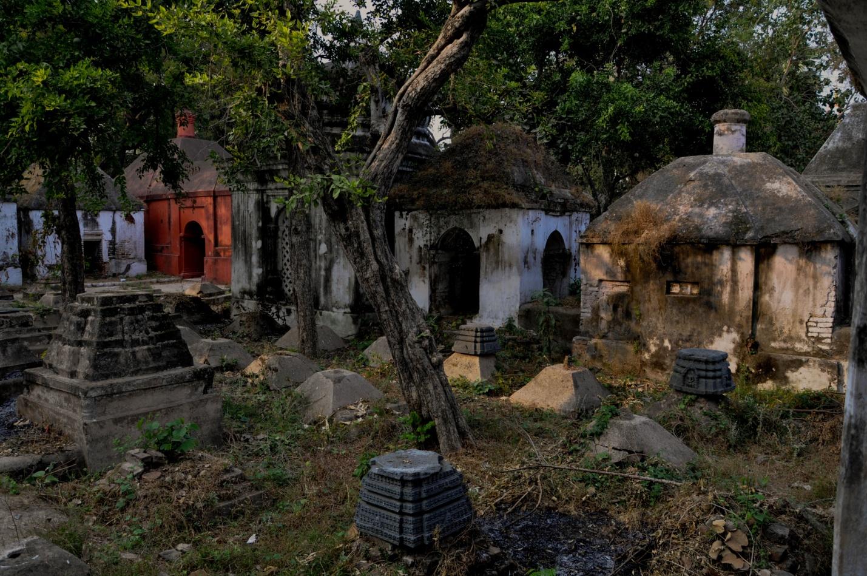 двор храма Маа-Багга-Деви-Сарасвати, Бодхгая, Индия