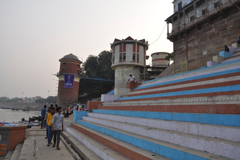 Набережная в городе Варанаси, Индия