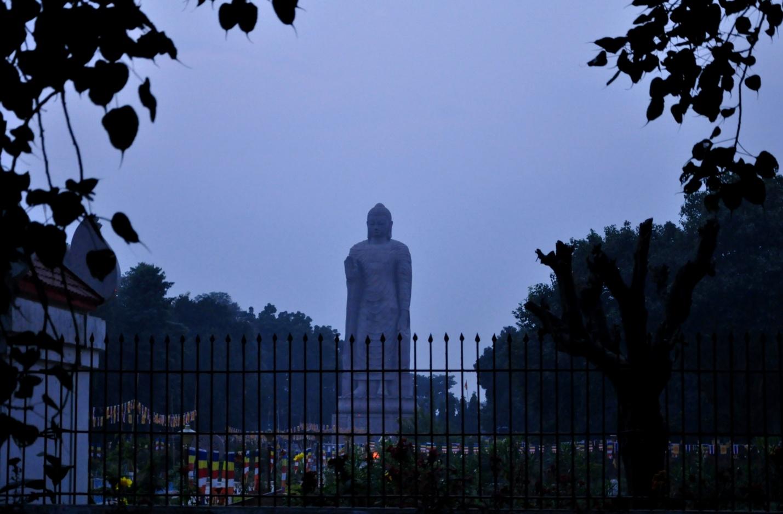 Статуя Будды в Сарнатхе, Индия