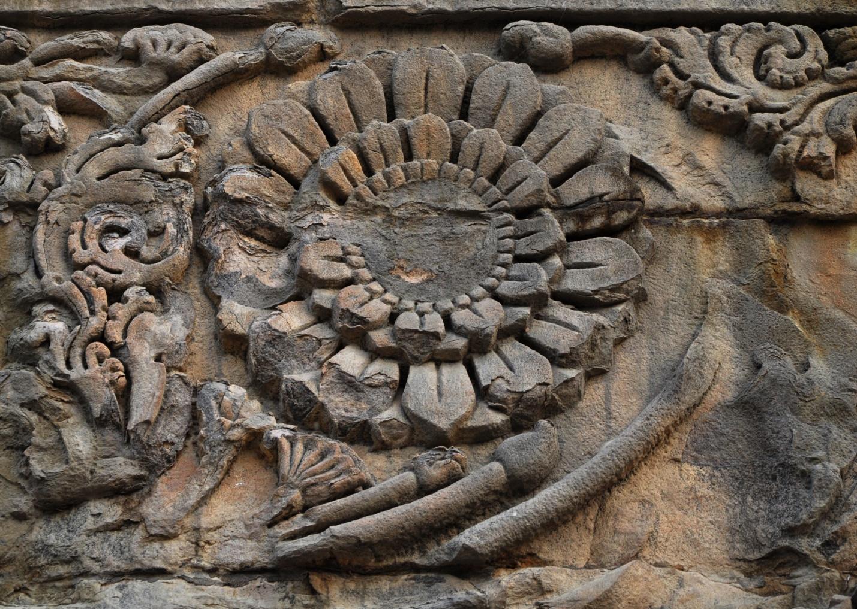 орнамент на ступе Дхамек, Сарнатх, Индия