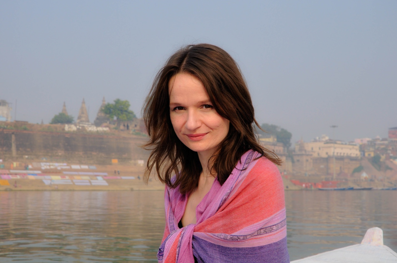 Анна в Варанаси, Индия, река Ганг