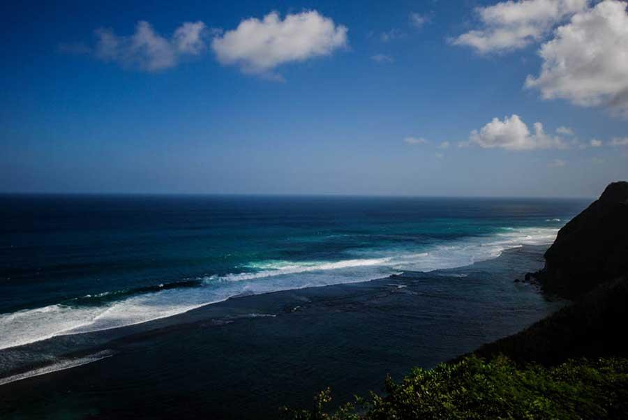 Океан на острове Бали