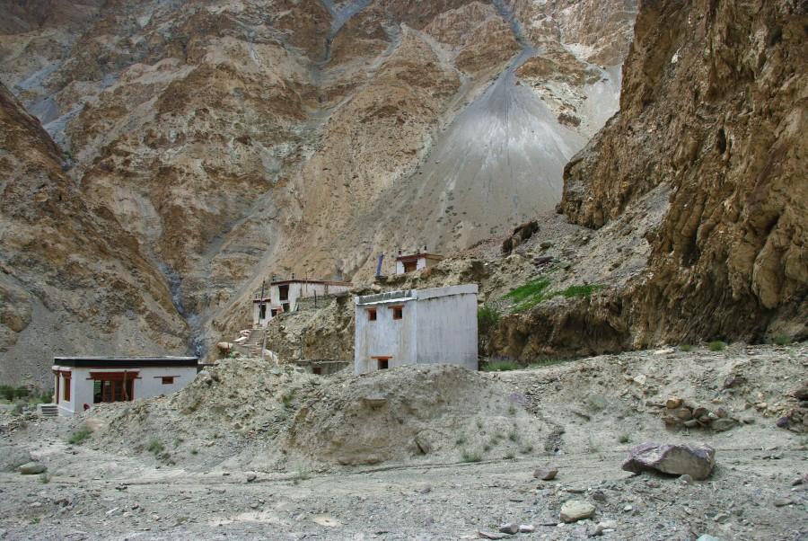 Деревня Skyu. Гималаи, Индия