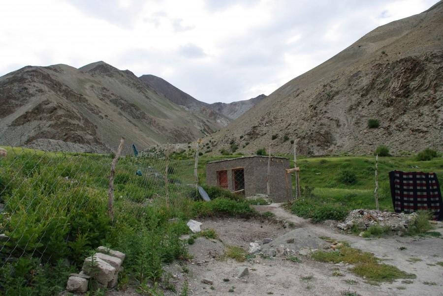 Деревня Shingo, Гималаи, Индия