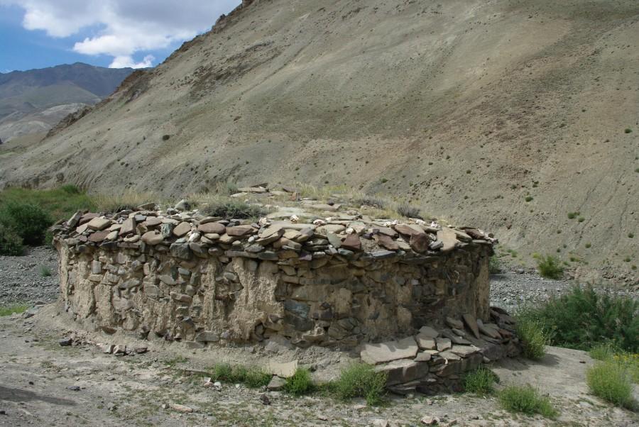 Строение из камня в Ладакхе