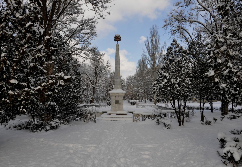 Памятник воинам, погибшим в ВОВ, Керчь