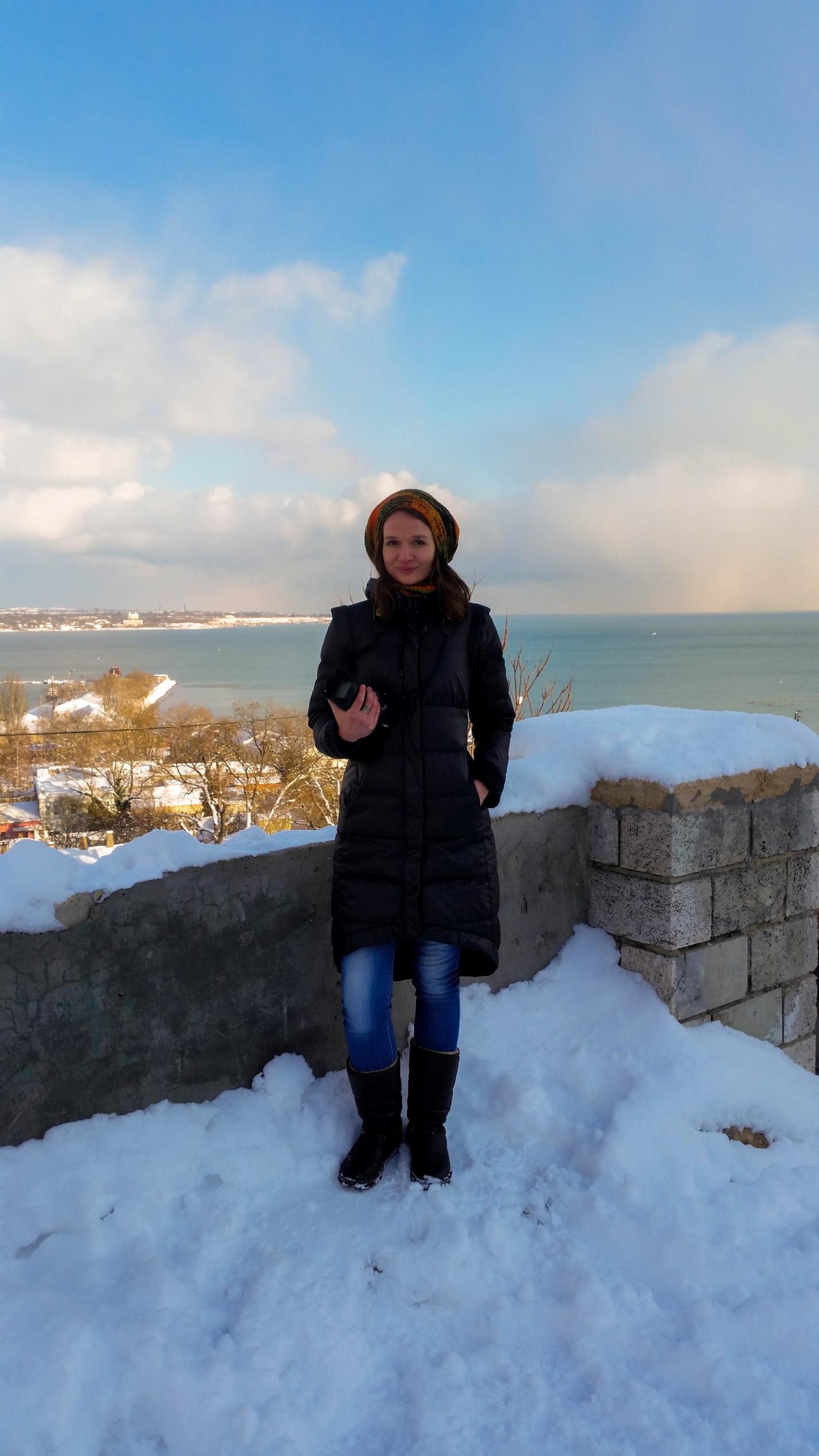 Анна зимой на горе Митридат, Керчь, Крым