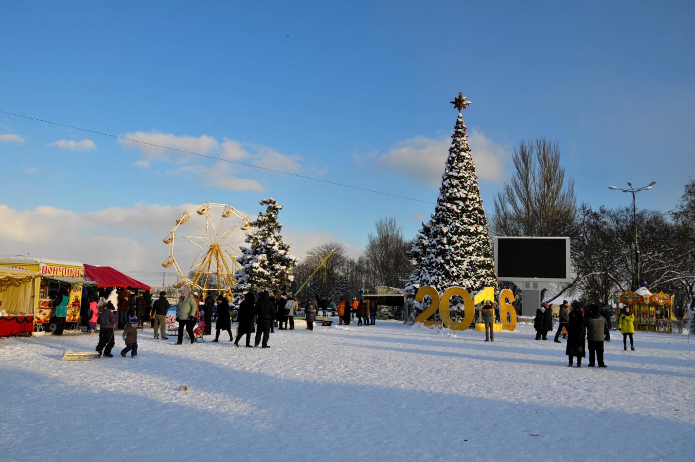 Новогодняя ярмарка и ёлка в Керчи, Крым