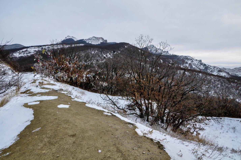 Снежный перевал, Крым