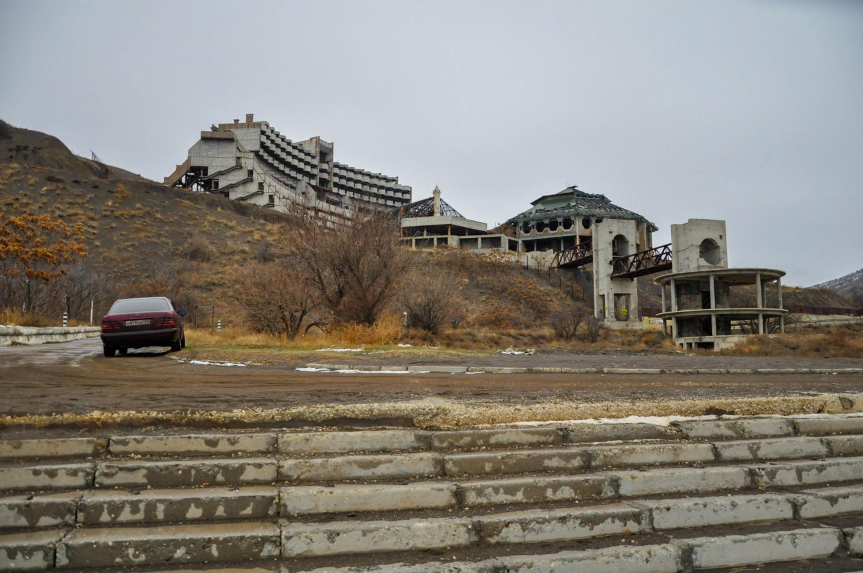 Заброшенный пансионат в селе Морское, Крым