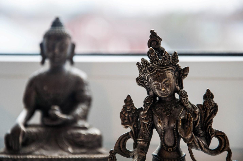 Статуэтки Будды и Тары