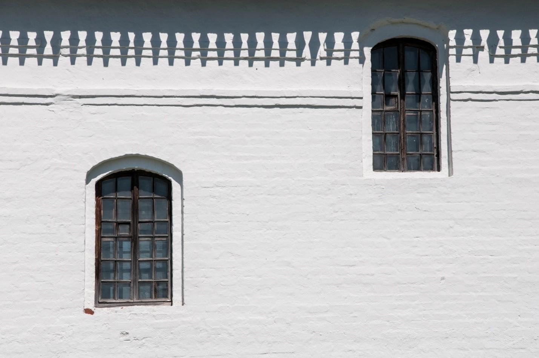 Окна Воскресенского собора, Волоколамск