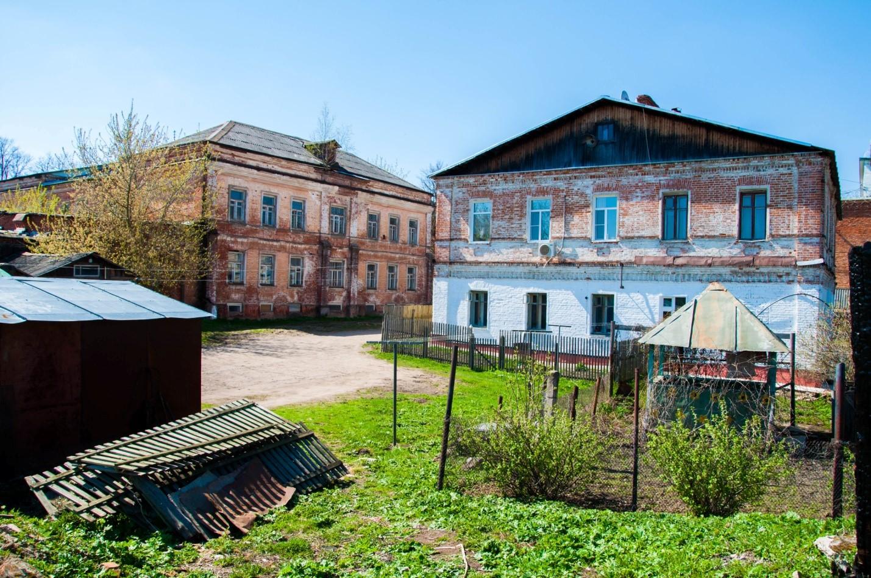 Старый дворик в Волоколамске, Подмосковье
