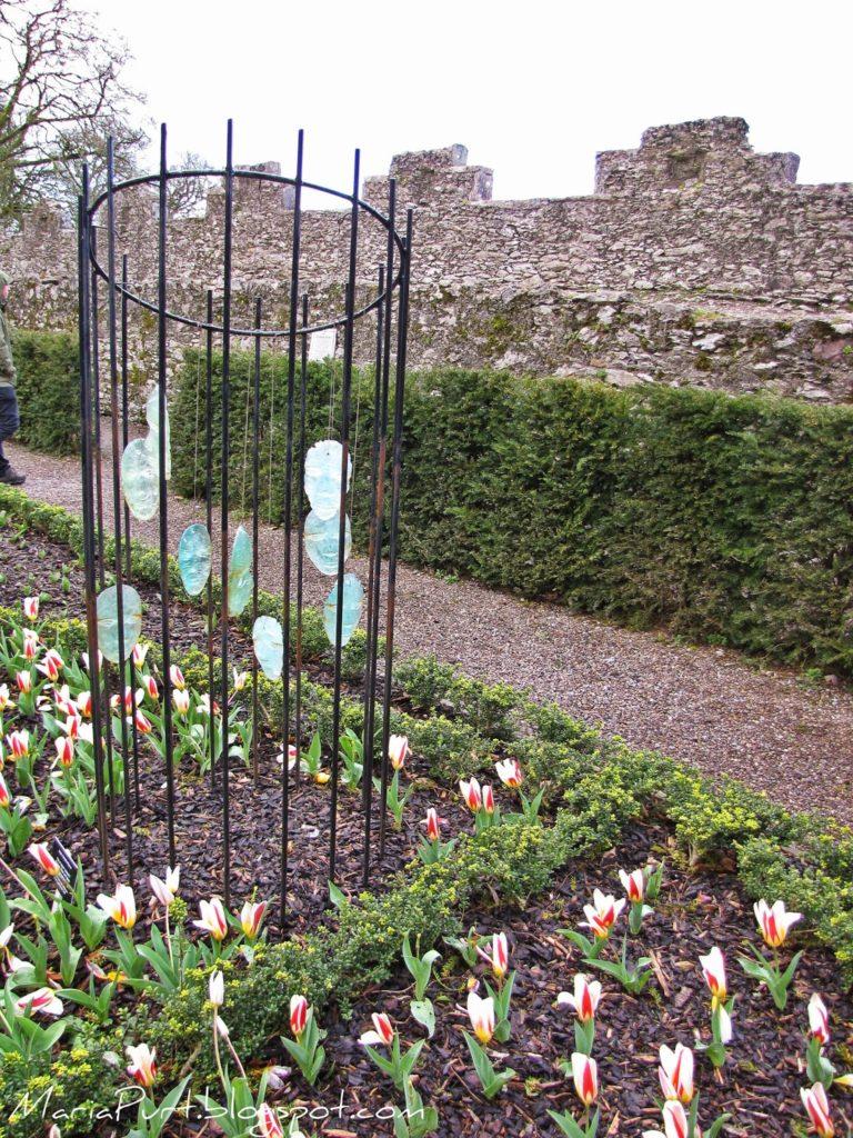 Инсталяция в ядовитом саде, Бларни, Ирландия