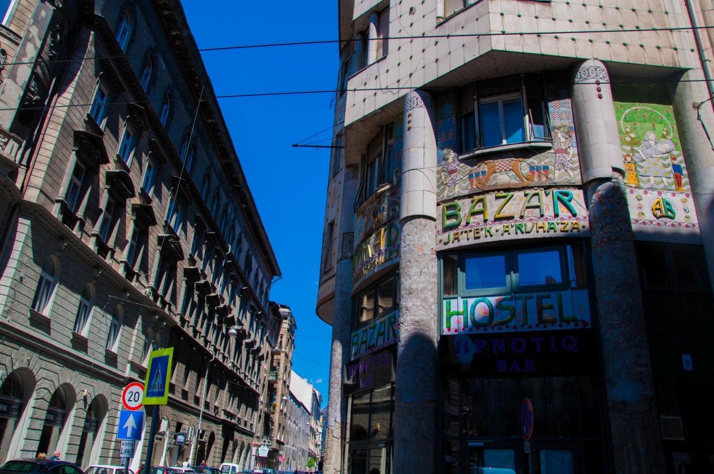 Bazar Hostel в Будапеште