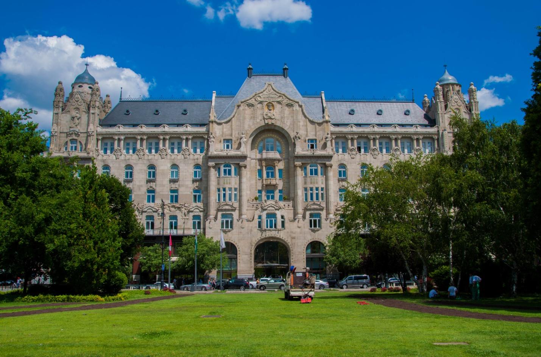 Дворец Грешем, Будапешт