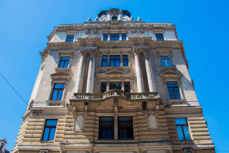 Старое здание в Будапеште. Архитектура Будапешта