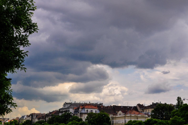 Тучи над Будапештом, Венгрия