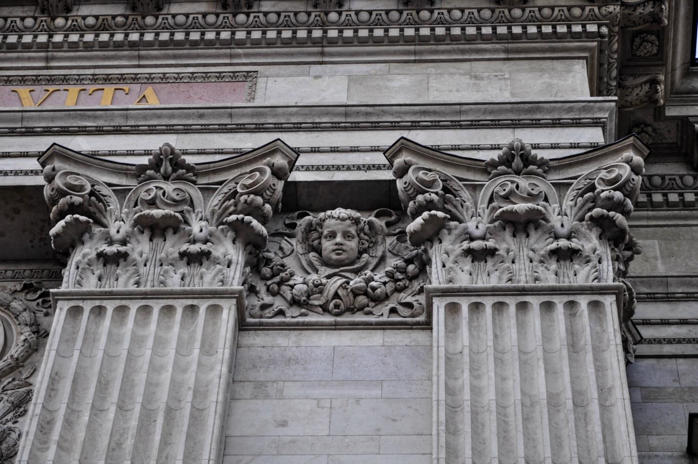 Базилика Святого Иштвана — католический собор в стиле неоренессанс, крупнейший храм Будапешта