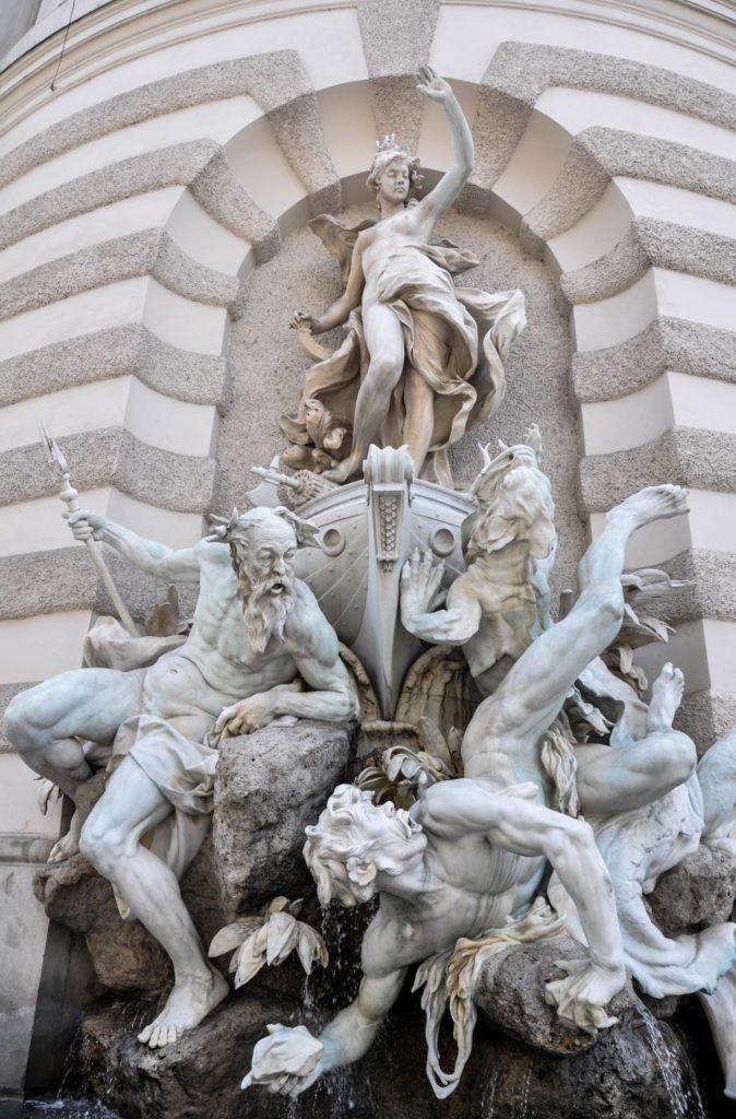 Красивые скульптуры в Вене, Австрия