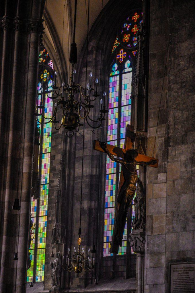 Интерьер внутри собора Святого Стефана, Вена, Австрия