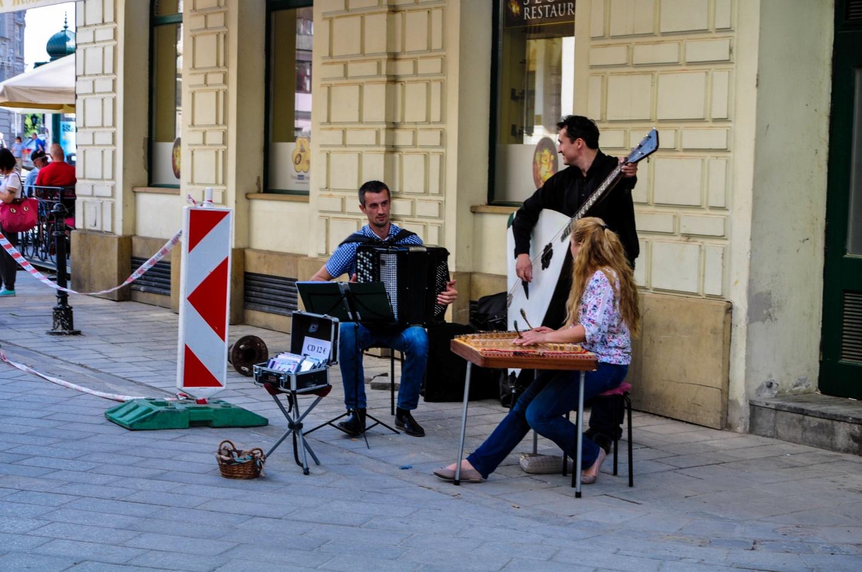 Уличные музыканты в Братиславе