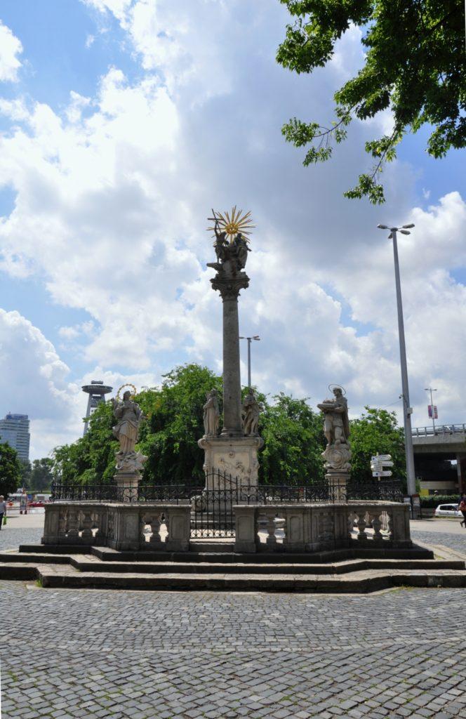 Чумной столб — колонна Святой Троицы, Братислава