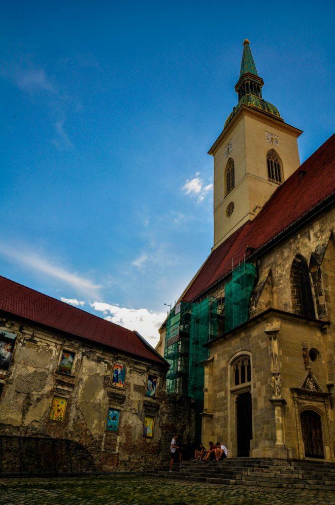 Собор Святого Мартина — крупнейший готический храм Братиславы