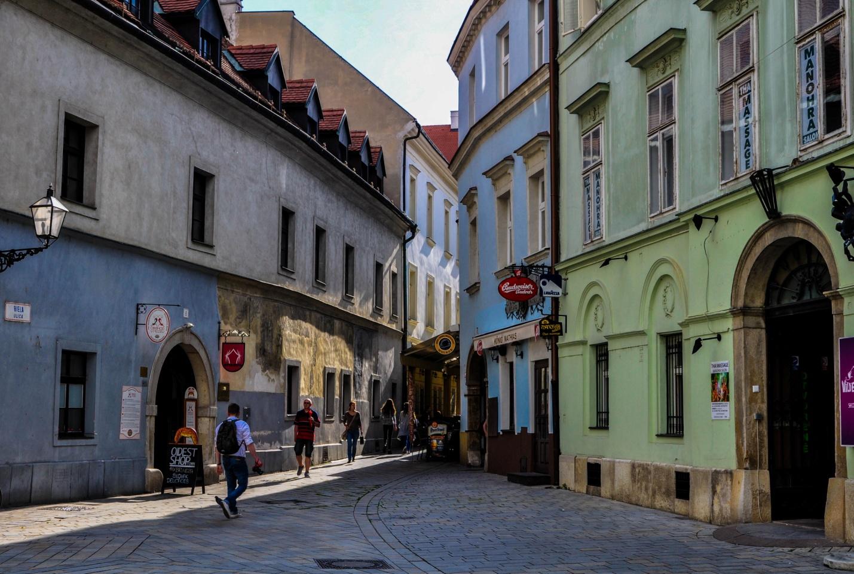 Улочка старого города в Братиславе