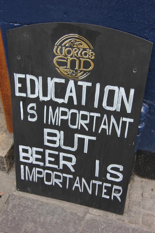 Реклама паба в Эдинбурге