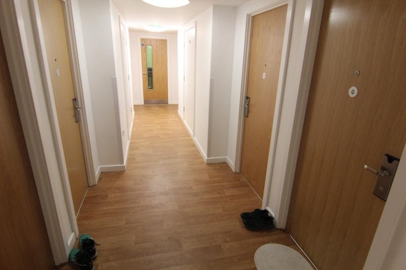 Коридор в общежитии Эдинбургского университета