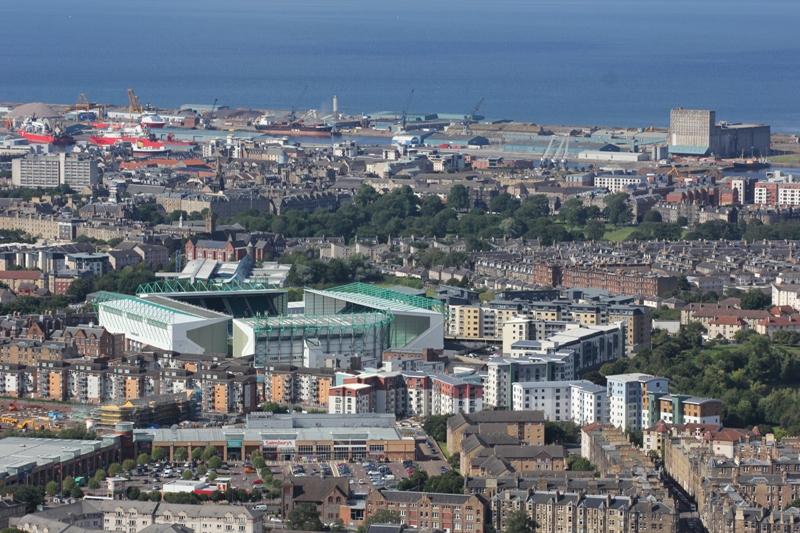 Футбольный стадион в Эдинбурге