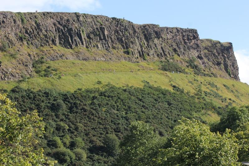 Горы около Эдинбурга