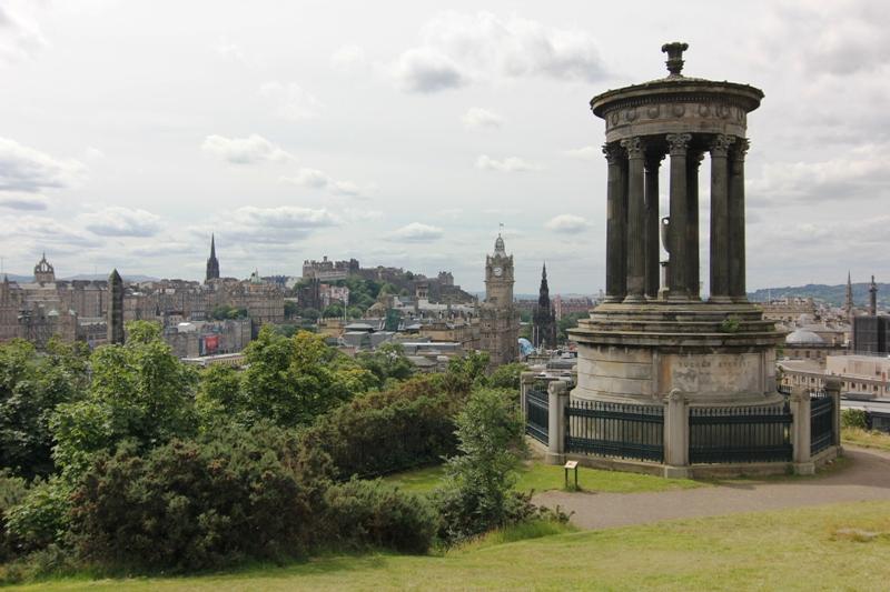 Вид на Эдинбург с Калтон хилл