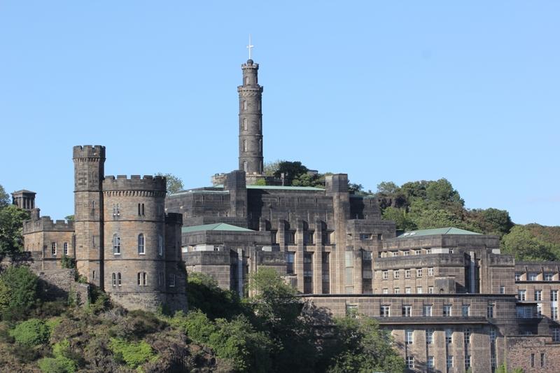 Колонна в честь адмирала Нельсона, Эдинбург, Шотландия