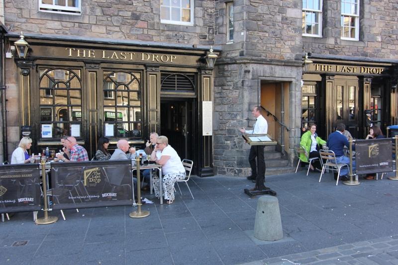 Паб Последняя Капля в Эдинбурге, Шотландия