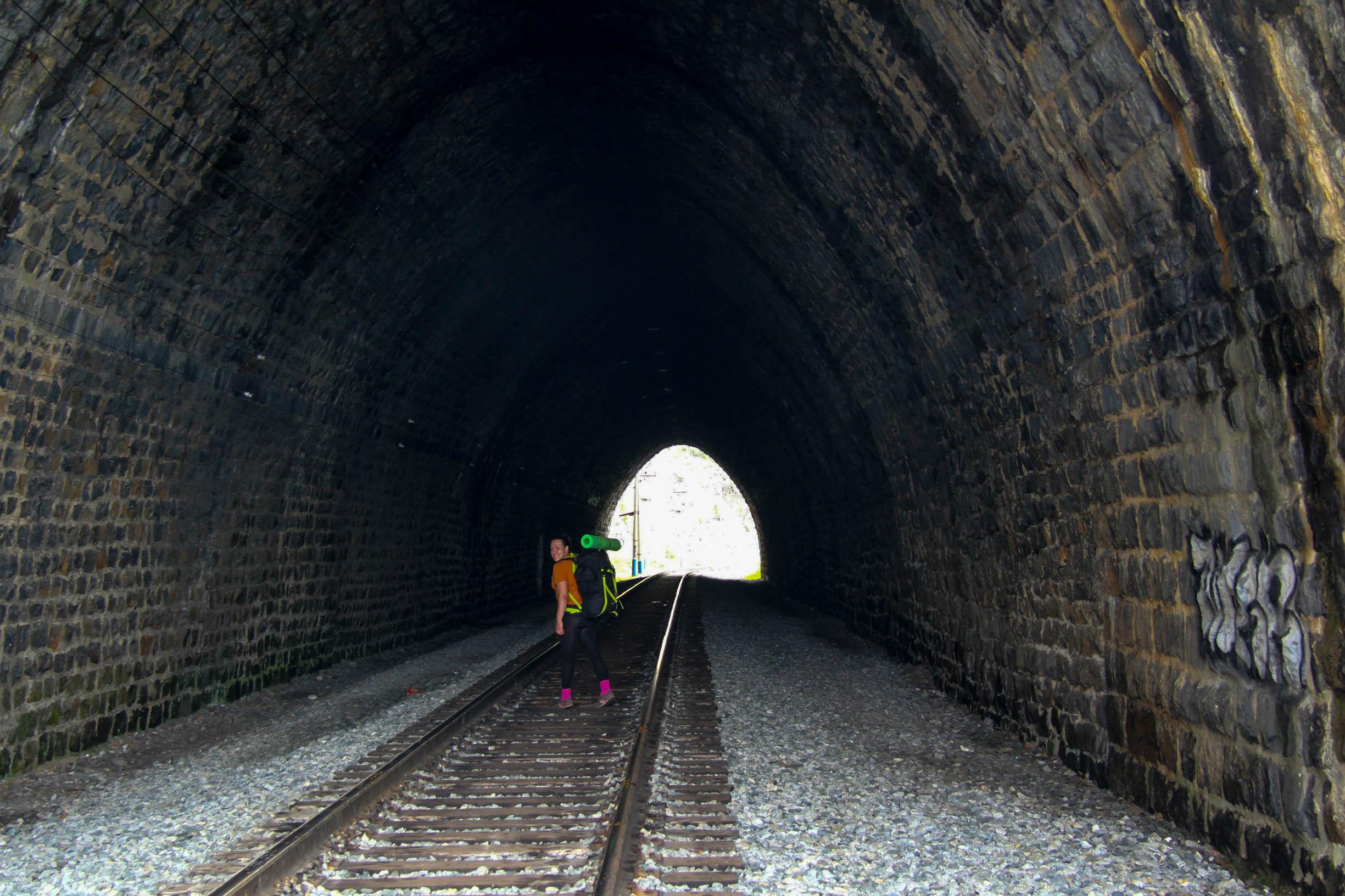 Туннель Кругобайкальская Железная Дорога, Байкал