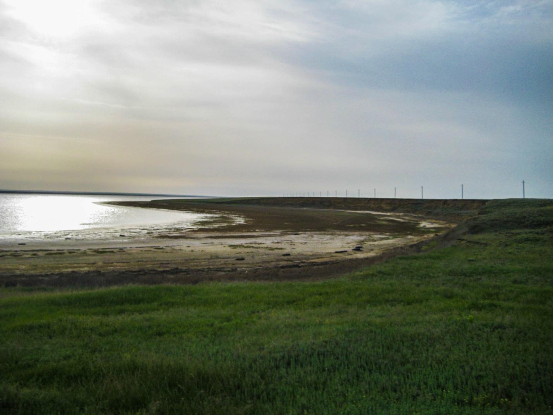 Озеро в степи Калмыкии