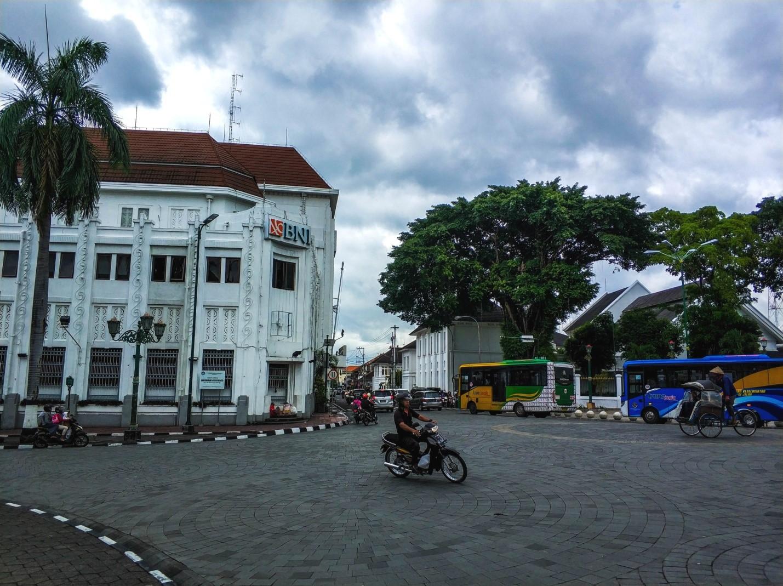 Улица в Джокьякарта, Ява