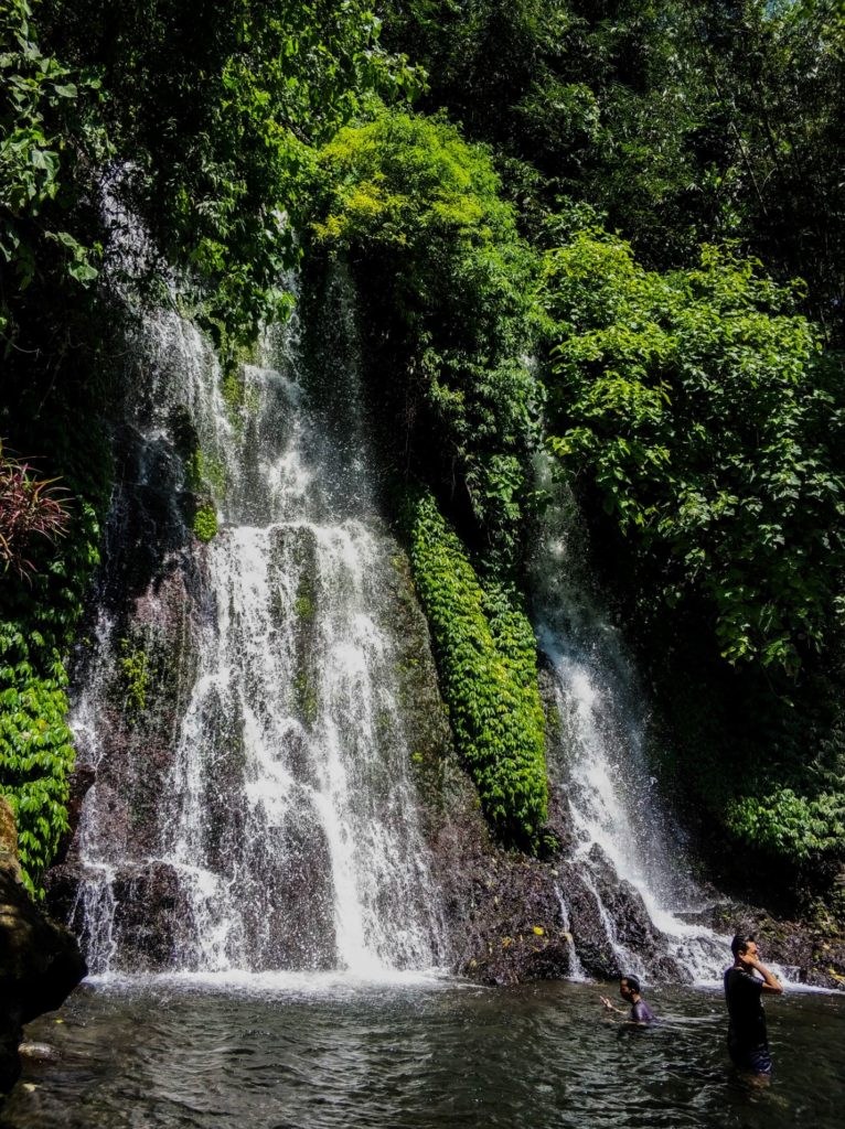 Водопад на острове Ява