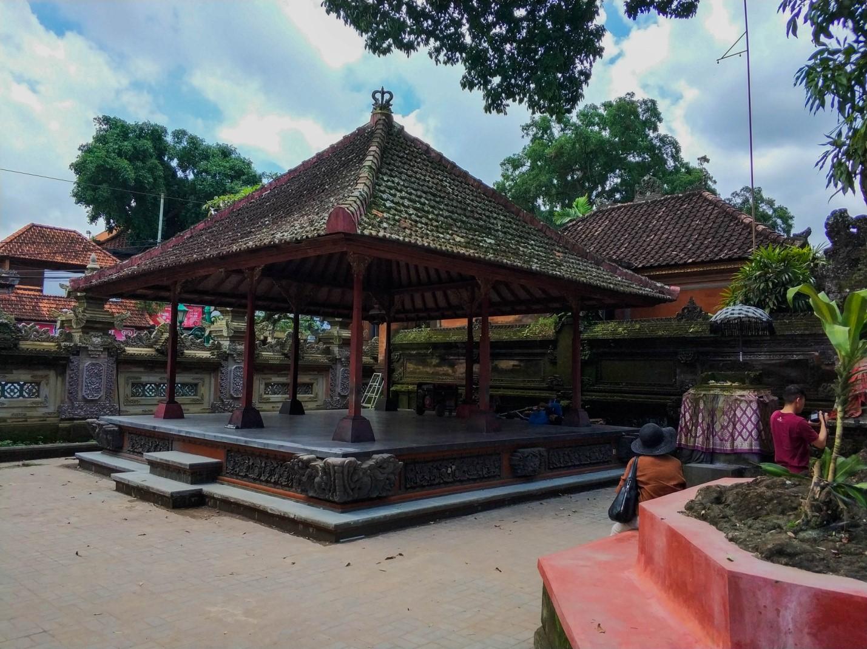 Храм в Убуде, Бали