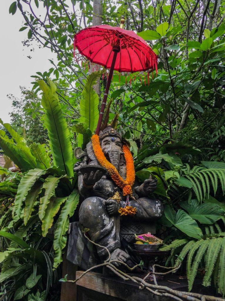 Статуя в Дом-музей Антонио Бланко, Убуд, Бали