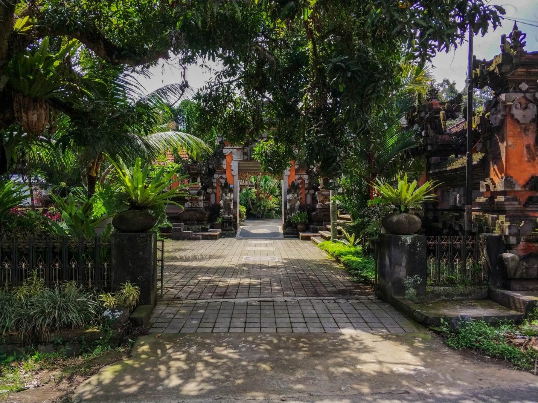 Двор храма на Бали