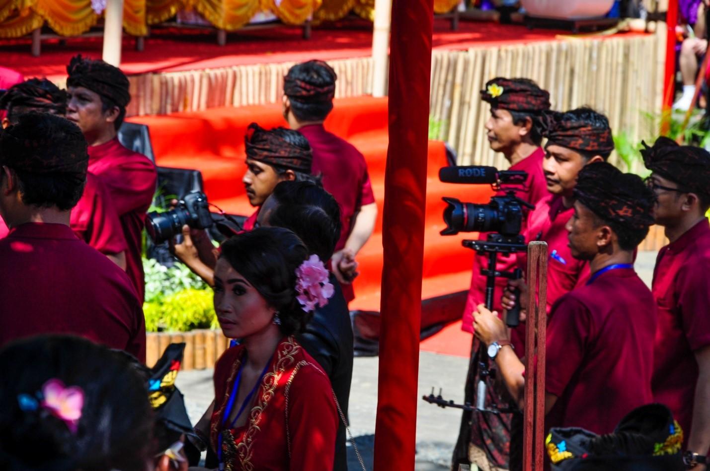 Фестиваль искусств у храма в Улувату, Бали