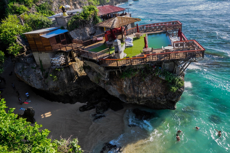 Тайный пляж в Улувату, Бали