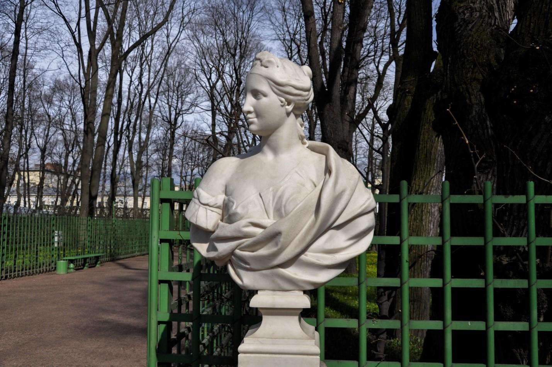 Статуя в Летнем саду, Санкт-Петербург