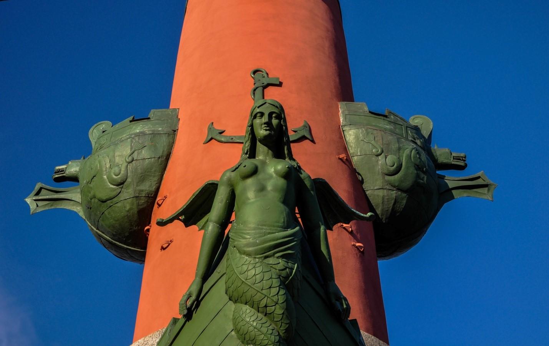 Ростральная колонна, Санкт-Петербург