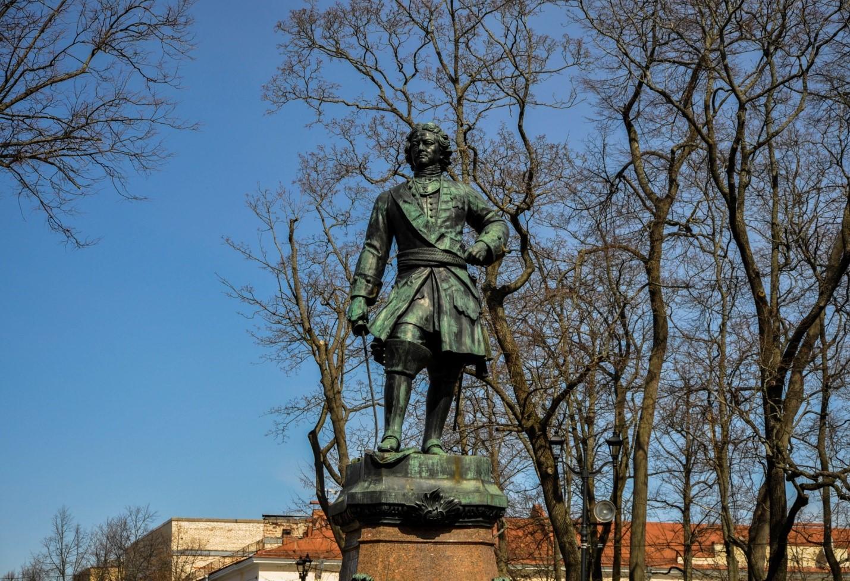 Памятник основателю города Петру I, Кронштадт
